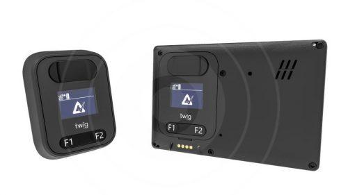 Agressiealarmering-draagbaar-Cube-Card-2